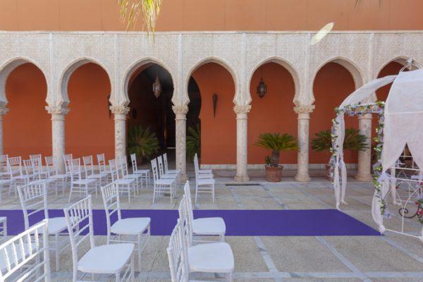 Moqueta violeta para eventos y congresos